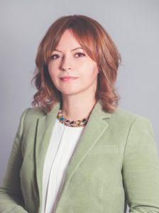 Eva Collar